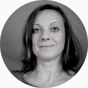Portrait photo d'une femme, formatrice GAPI : FANNY LAVIGNE
